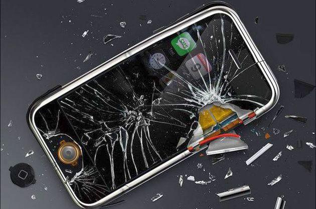 3 lucruri care va pot strica telefonul