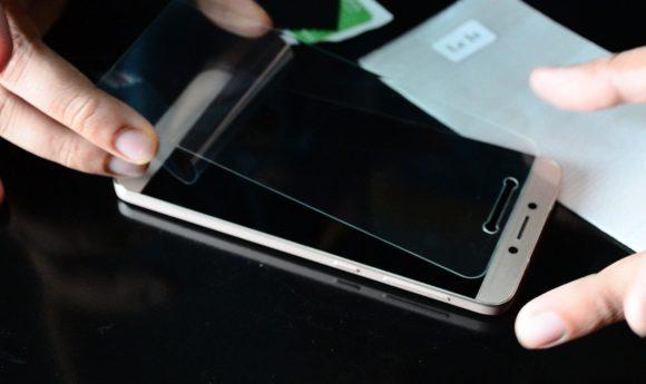 De ce ai nevoie de o folie pentru un ecran Gorilla Glass?