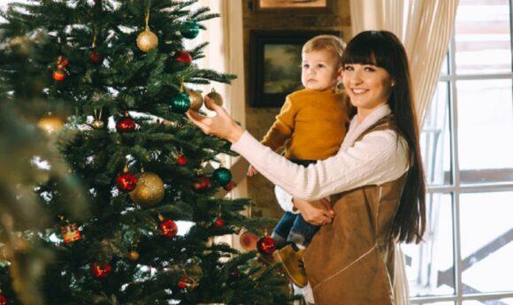 Tipuri de brazi artificiali de Crăciun pentru decorul casei